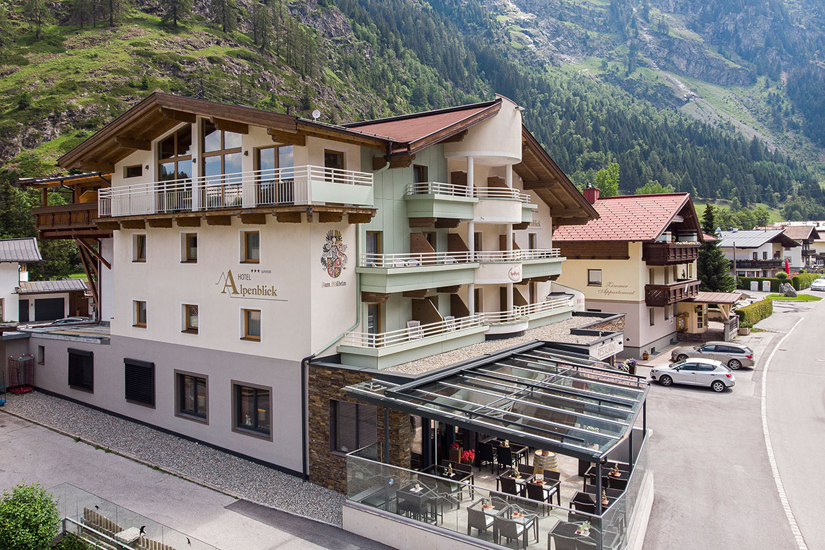 Hotel Alpenblick Huben Sommer