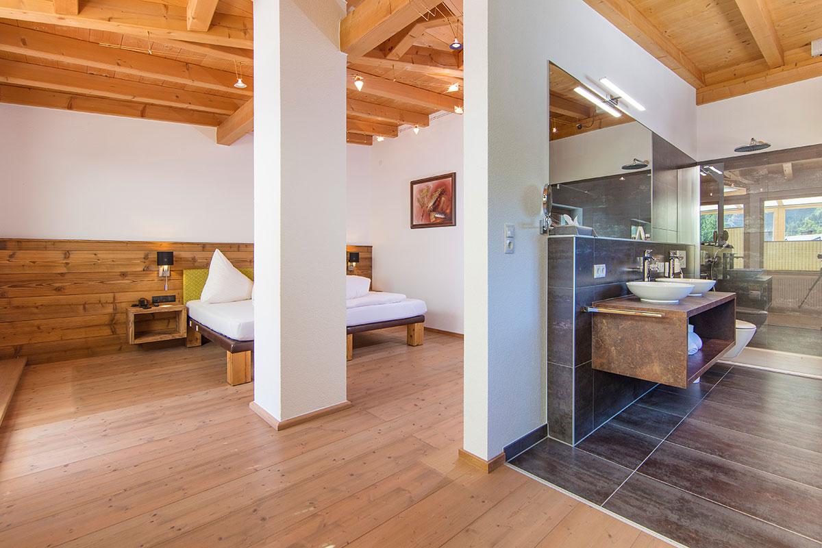 Hotel Alpenblick Huben Suite